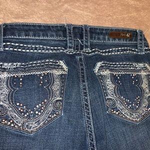 27X32 Rock 47 Wrangler Blingy Boot Cut Jeans